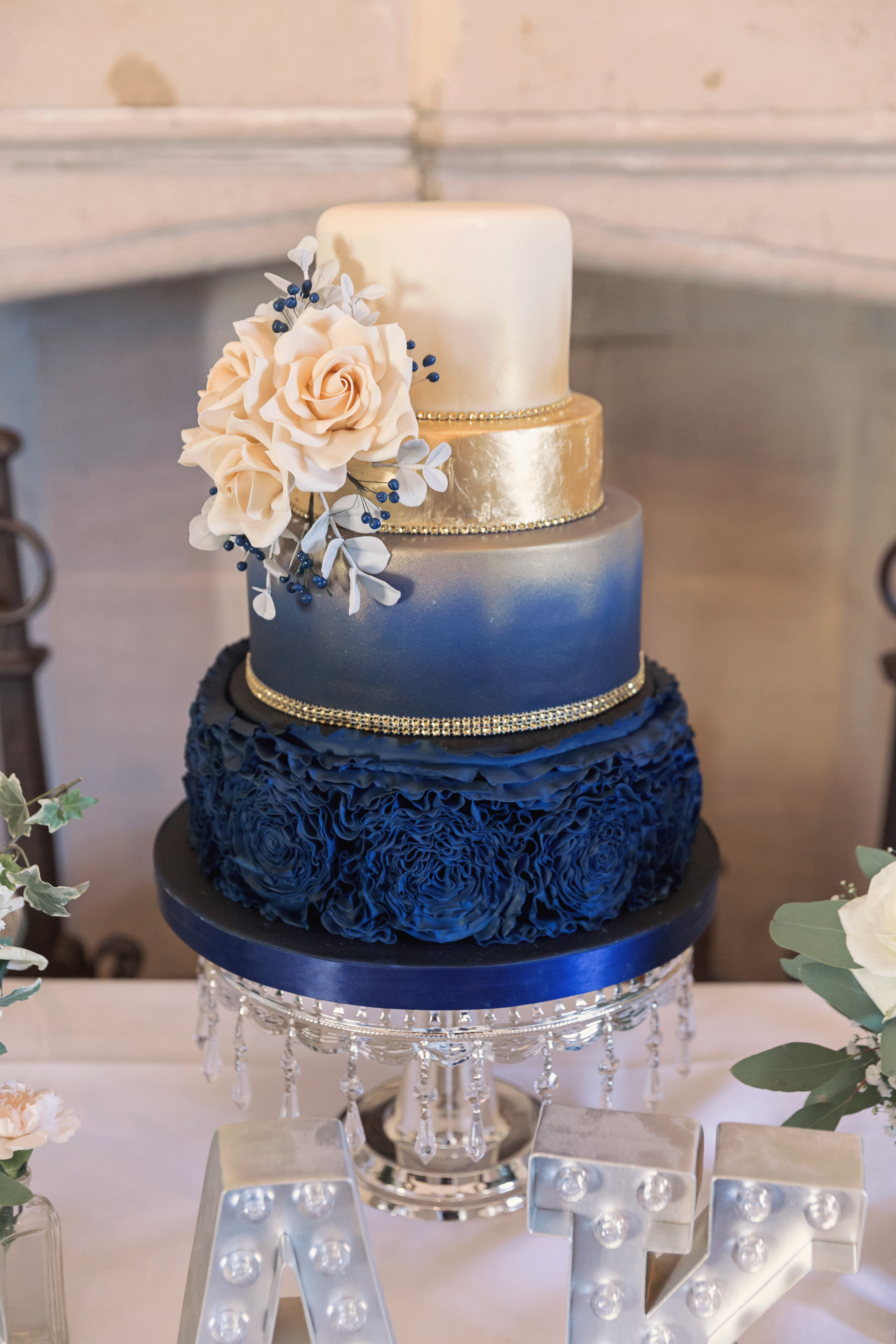 wedding cake deals uk bespoke artisan wedding cakes in cambridgeshire 22357